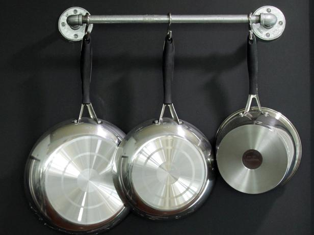 How to Hang Pots and Pans for Great Kitchen Organization?