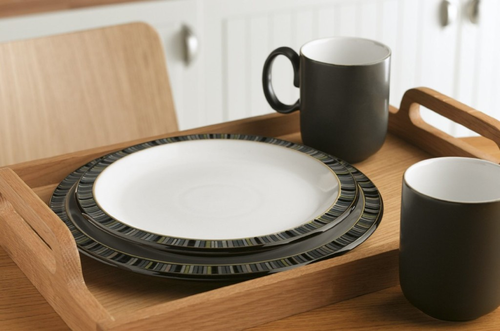 black white dish sets