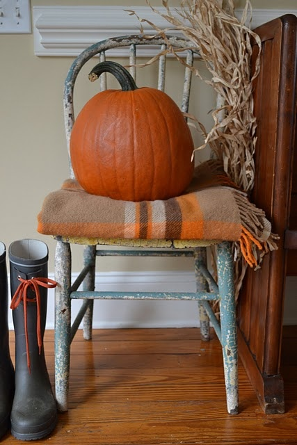 Simple Fall Kitchen Decor With Household Items